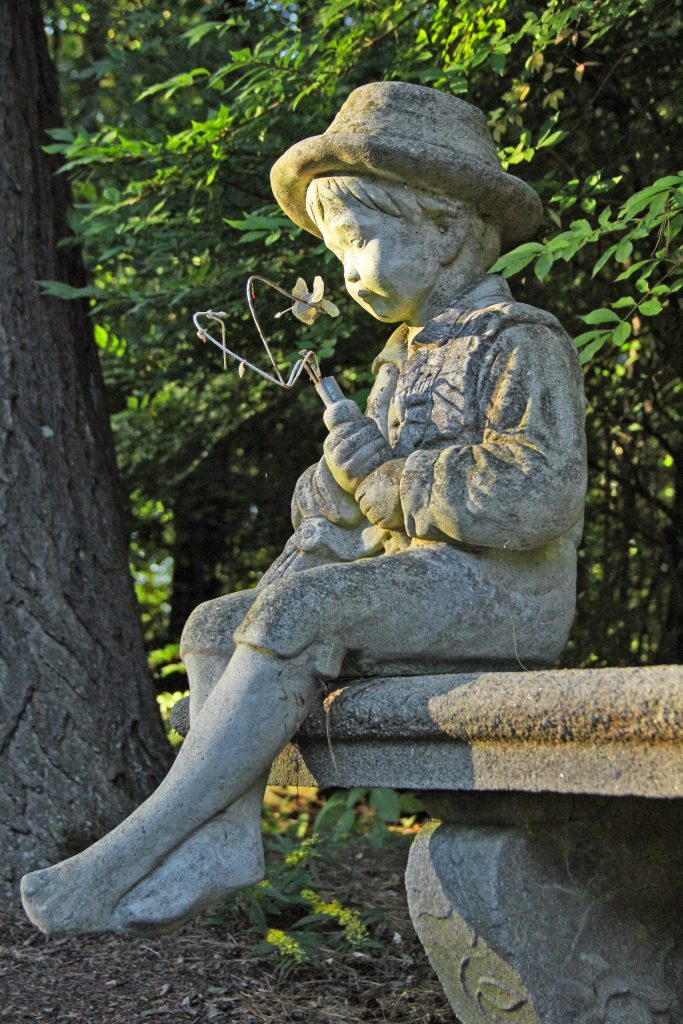 Forty-Putney-Rd-Statue-Boy-on-bench-4x6